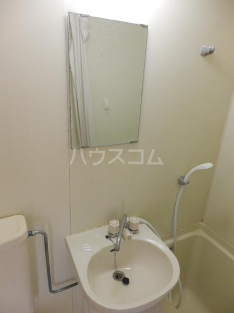 ピュアハウス夏見 201号室の洗面所