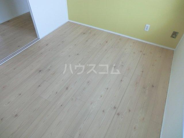 岸和田ハイツA棟 505号室のベッドルーム