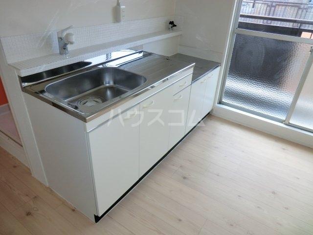 岸和田ハイツA棟 505号室のキッチン
