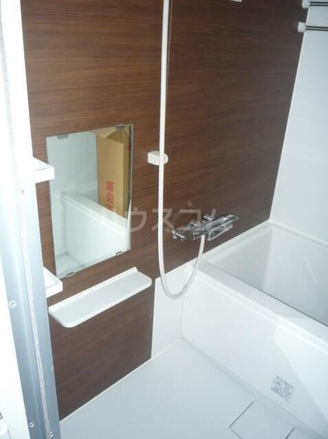 エスコートパレス南太田 201号室の風呂