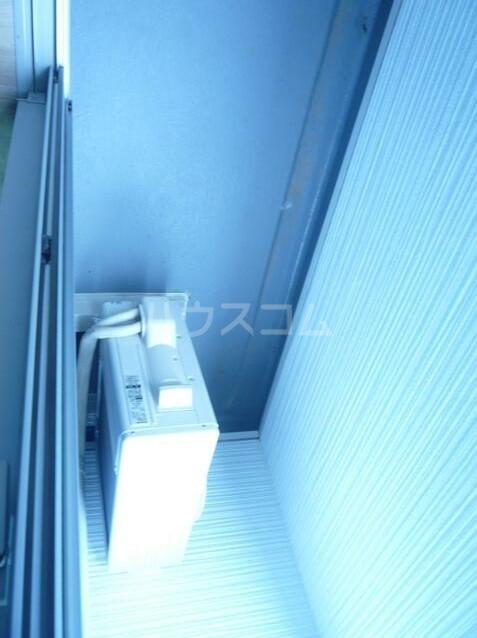 エスコートパレス南太田 201号室のバルコニー