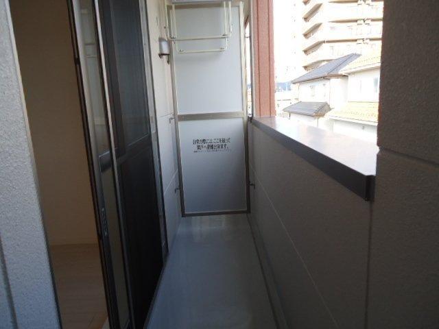 ディアベルジュ 201号室の居室