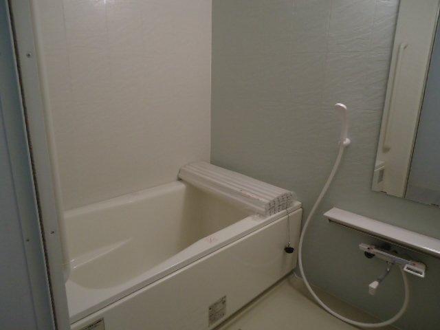 ディアベルジュ 201号室の風呂