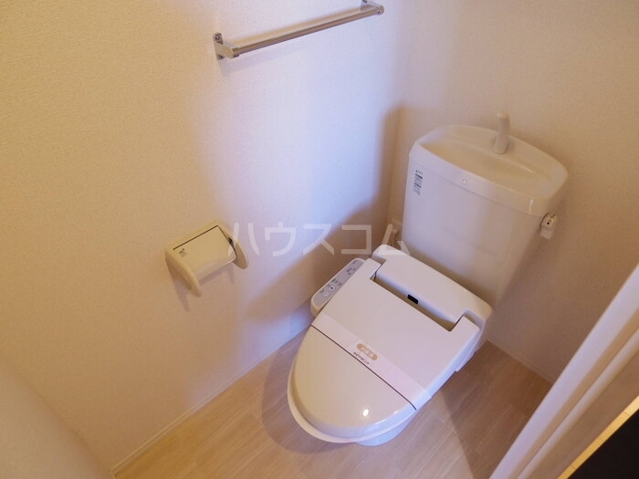 スローライフさしま 201号室のトイレ