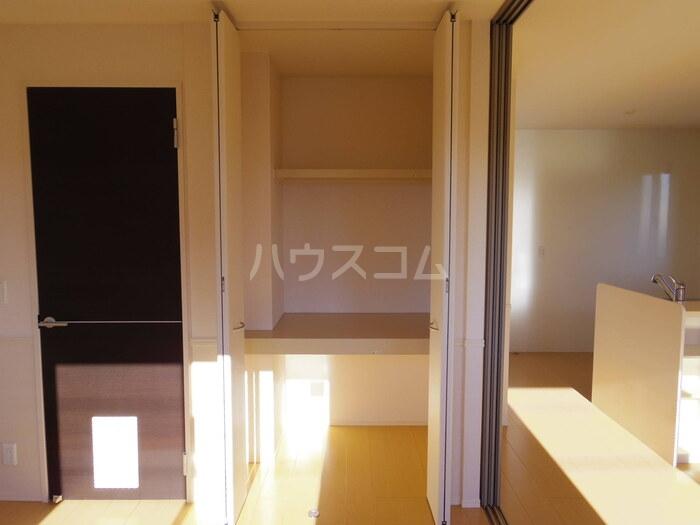 スローライフさしま 201号室の収納