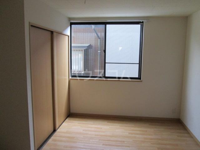 ラ・フランス 101号室のベッドルーム