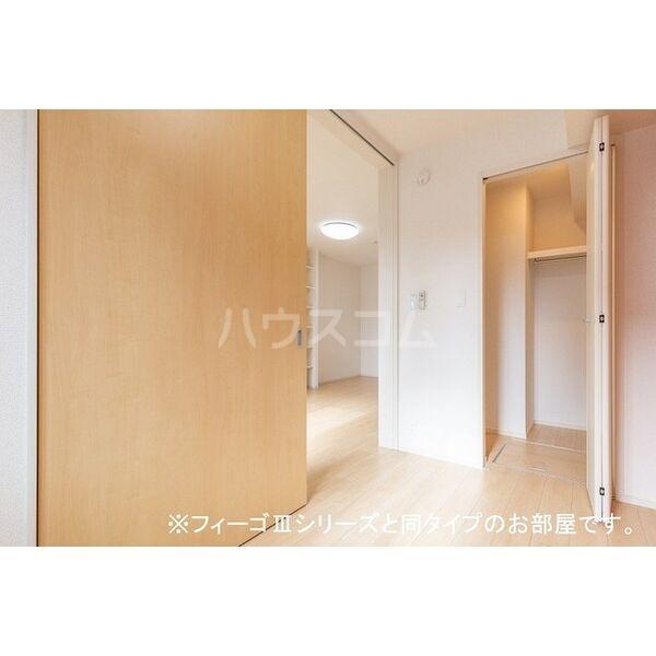 ブラン 01010号室のベッドルーム