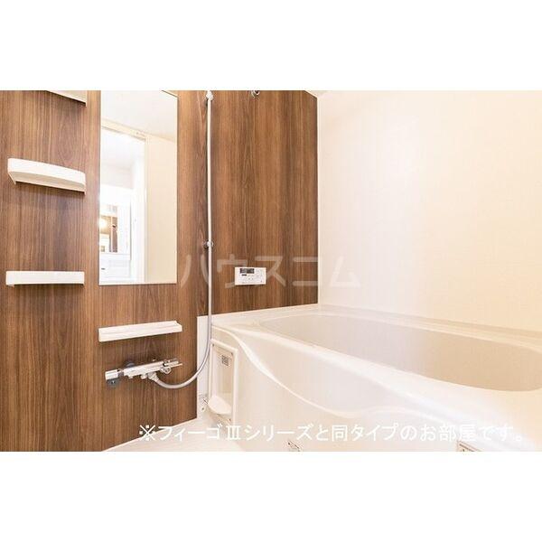 ブラン 01020号室の風呂