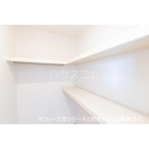 ブラン 03040号室の収納