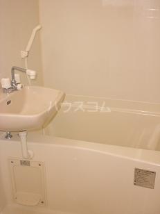 レオパレスめぞん一刻 101号室の風呂
