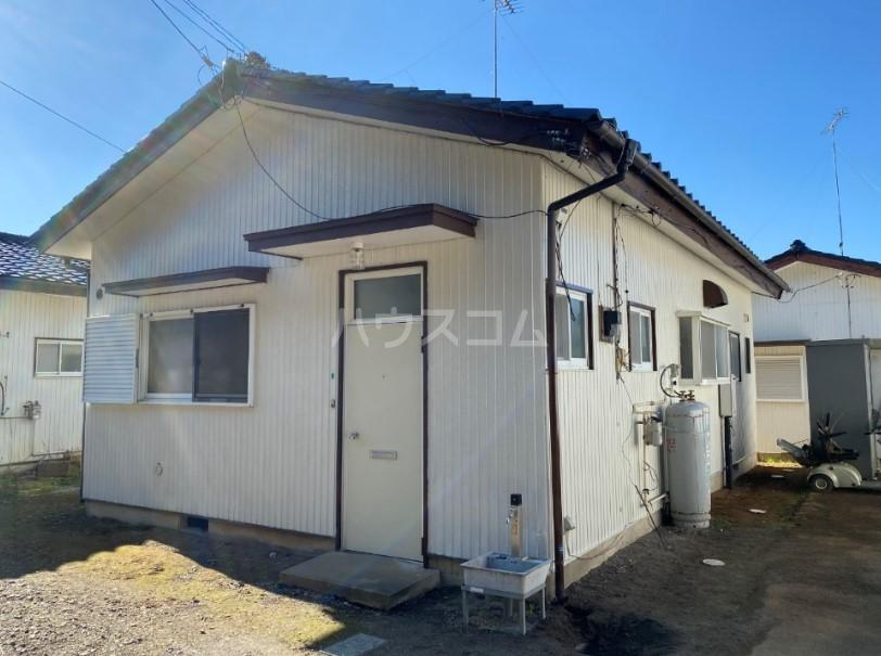 美浦村土屋戸建ての駐車場