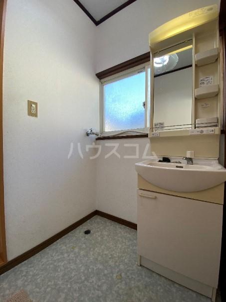 美浦村土屋戸建ての洗面所