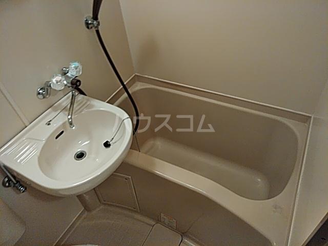 エクセレンス山ノ内 207号室の風呂