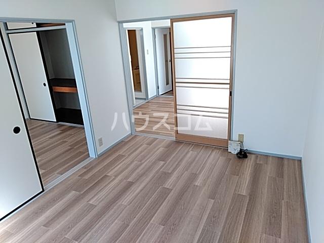 メゾン白鳳 202号室のベッドルーム