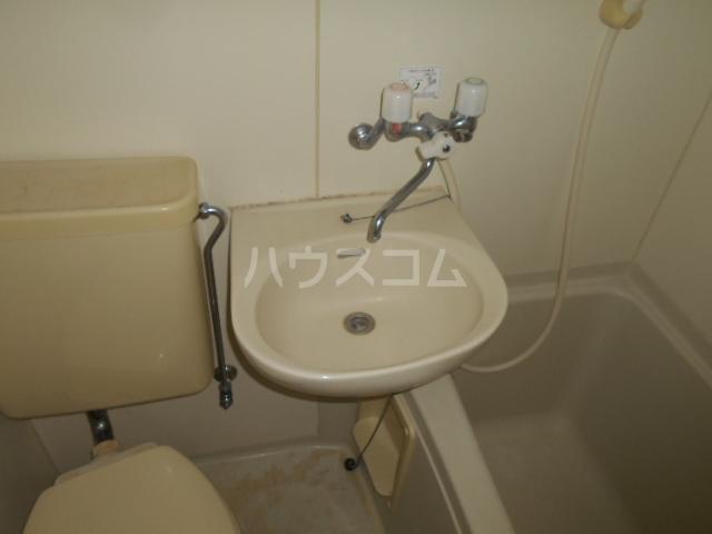 シルクハウス 205号室の洗面所