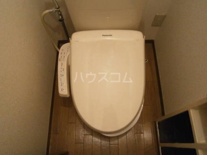メルベーユ B B102号室のトイレ