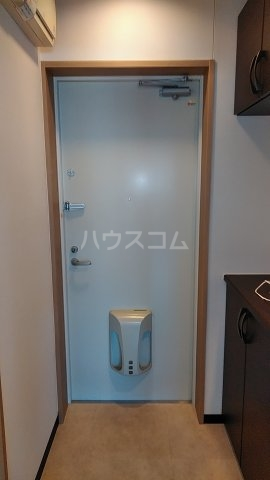 Dーポワール 203号室の玄関
