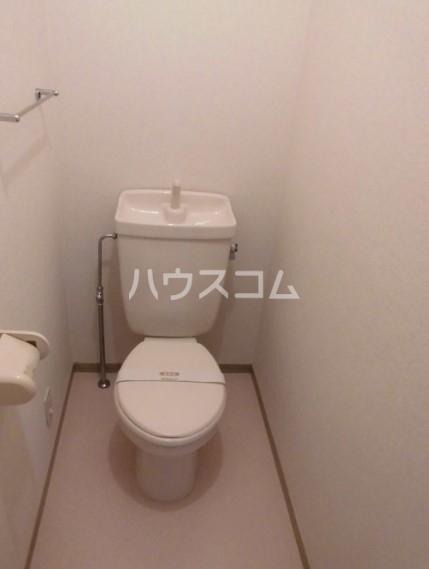 グリーンハイツ尾崎台 A 102号室のトイレ