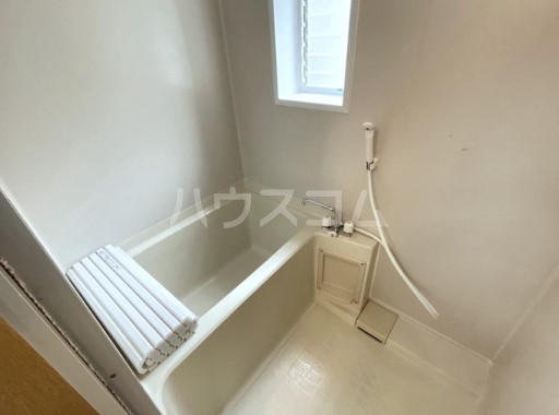 キャッスル雪谷 102号室の風呂