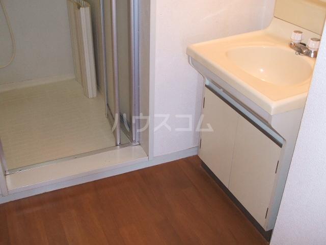 カーサ阪和 302号室の洗面所