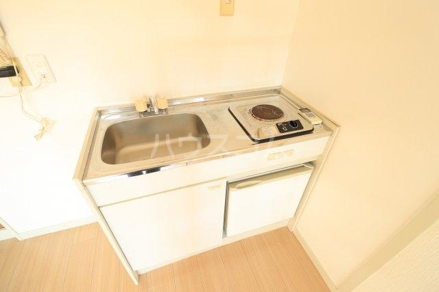 流山カサベラ七番館 102号室のキッチン