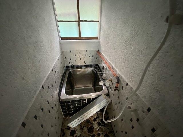 七宝町鈴木貸家の風呂
