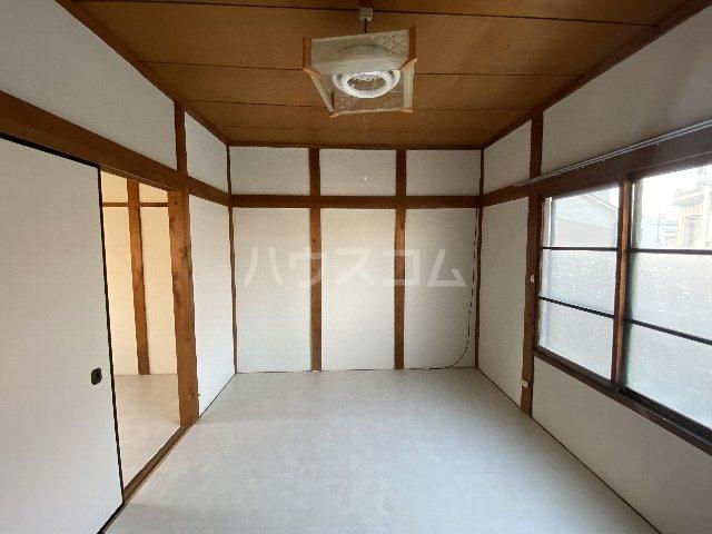 七宝町鈴木貸家のベッドルーム