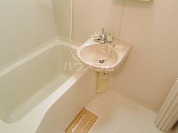 セジュール久津見 105号室の風呂