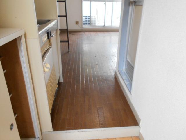 ホワイトウイング連光寺Ⅱ 201号室のキッチン
