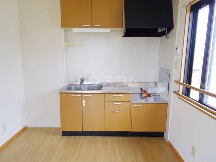 エスコルタ新町 B 201号室のキッチン