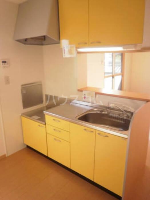 ローゼンハイム 202号室のキッチン