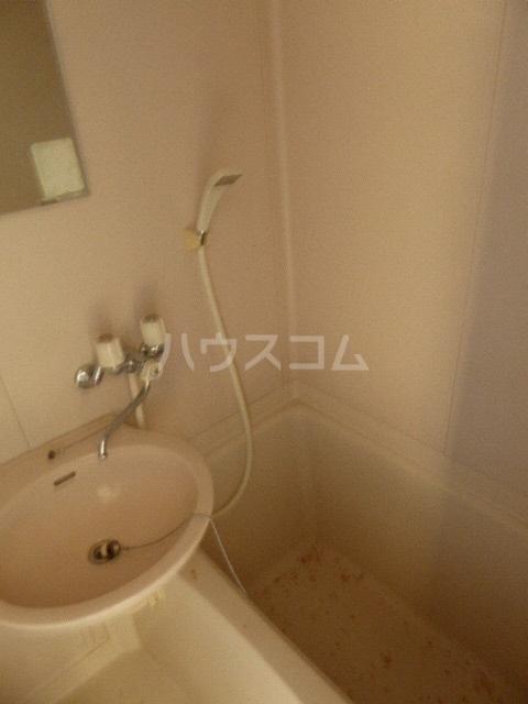 グレイスタカホ 203号室の風呂