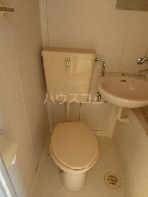 グレイスタカホ 203号室の洗面所