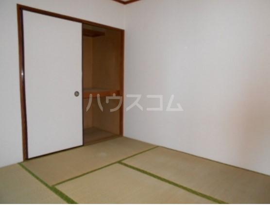 神取ハイツ 101号室の居室