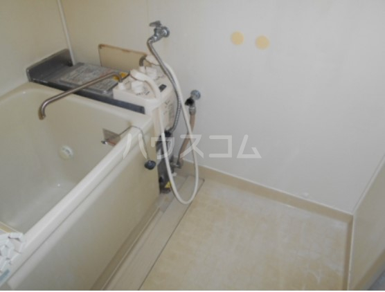 神取ハイツ 101号室の風呂