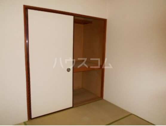 神取ハイツ 101号室の収納