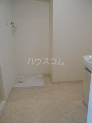 プレベール平尾駅前 602号室のリビング
