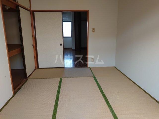 サクセスダイセイ 206号室の居室