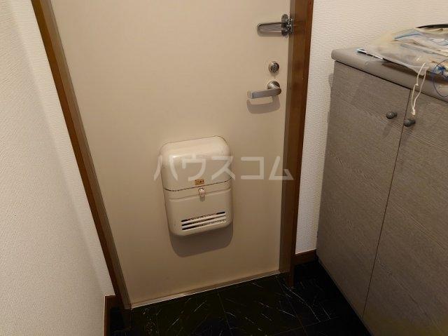 サクセスダイセイ 206号室の玄関