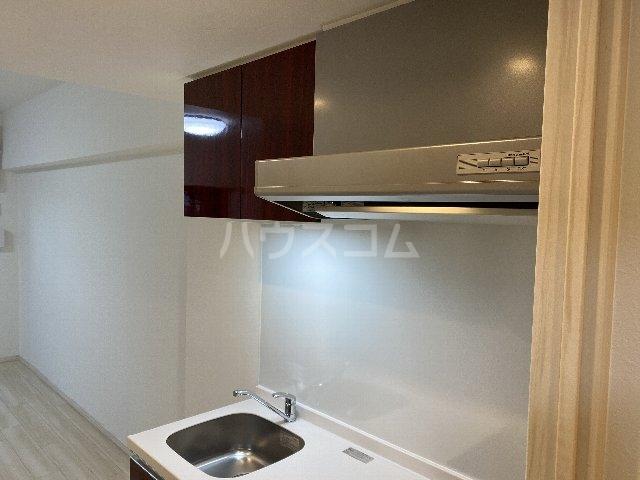 プレジオ豊中 201号室のキッチン