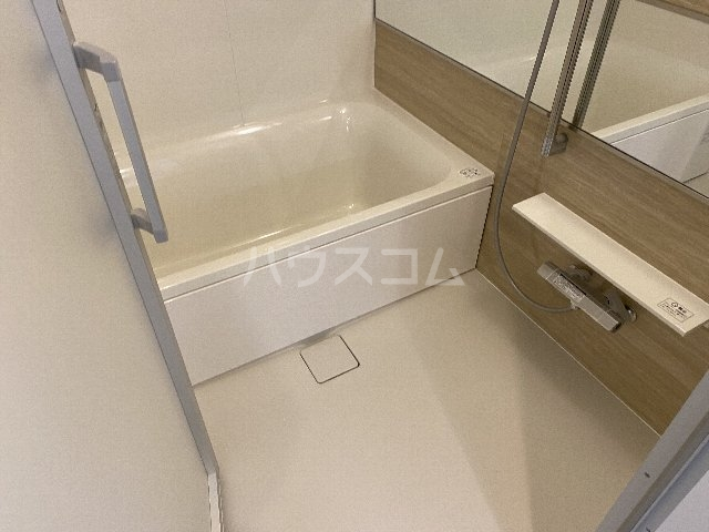 プレジオ豊中 201号室の風呂