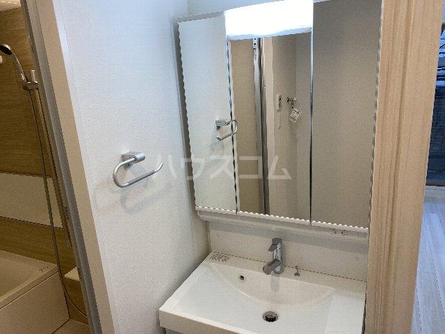 プレジオ豊中 201号室の洗面所