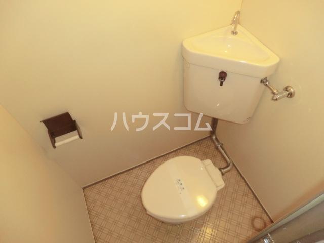 グレース安田 305号室のトイレ