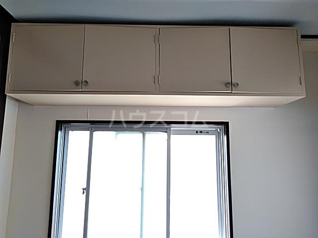 マンション桂風 3E号室の居室