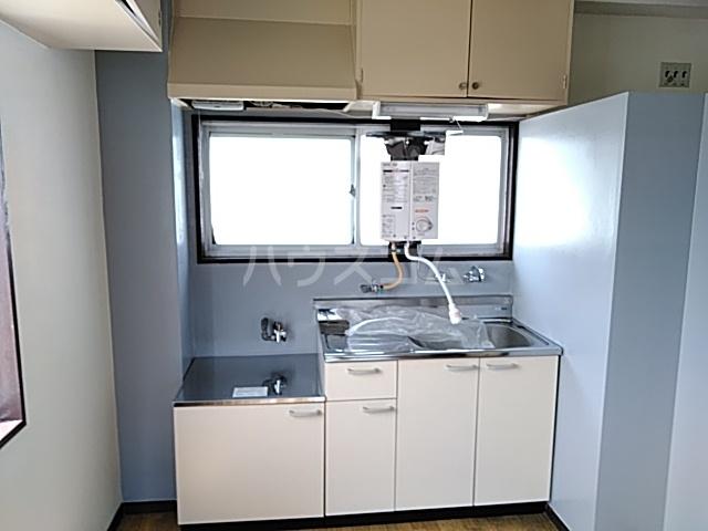 マンション桂風 3E号室のキッチン
