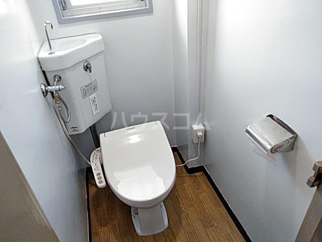マンション桂風 3E号室の洗面所