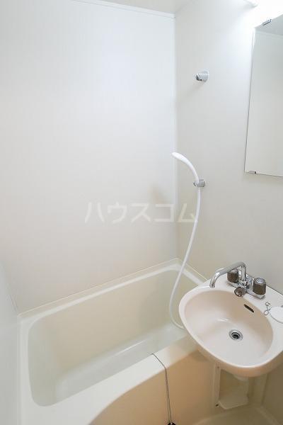カンタル池袋 203号室の風呂