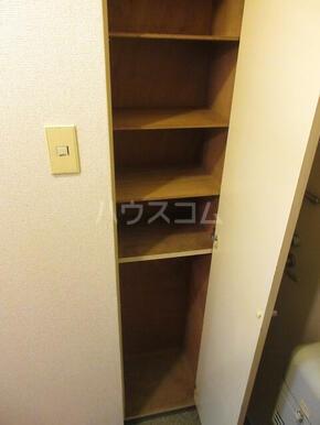 パレ・ドール西国分寺 104号室の収納