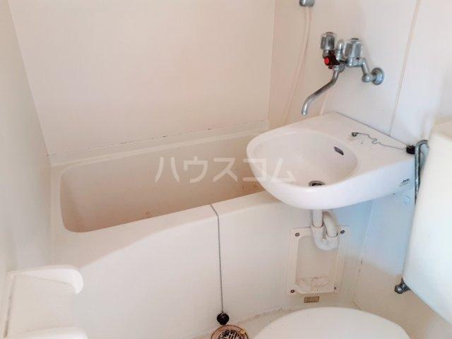 ウィンザー 201号室の風呂