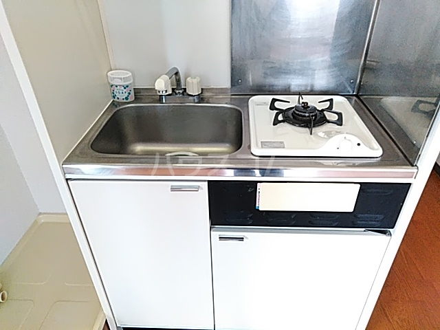 スカイコート大森山王 601号室のキッチン